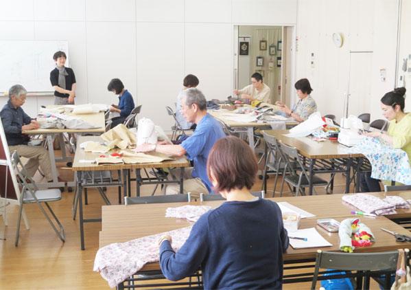 服飾教育-【ユニバーサル服飾高等学院】洋裁教室の運営_07